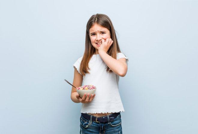 دلایل ناخن جویدن در کودکان و راهکارهای درمان آن