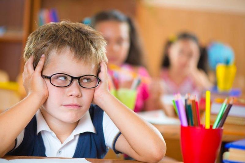 عملکرد تحصیلی کودکان بیش فعال